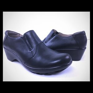 Easy Spirit 24/7 Womens Black Comfort shoes 9